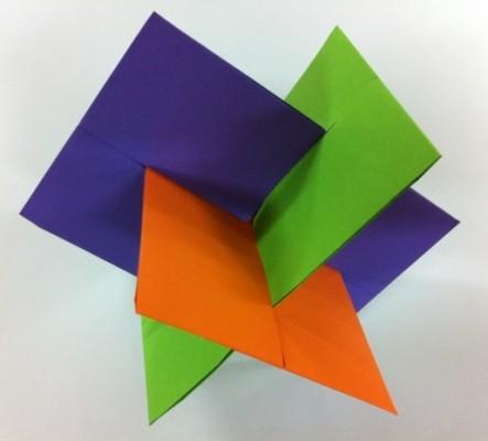 Модульная фигура XYZ, от Ника Робинсона