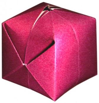 бомбочка из цветной бумаги