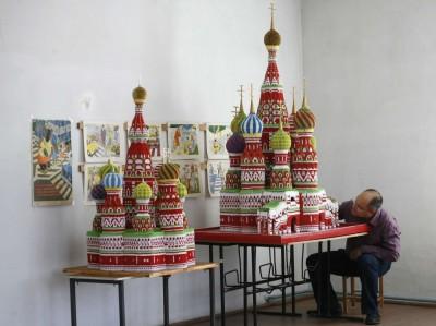 Храм Василия Блаженного из оригами