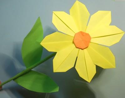 готовый Оригами нарцисс