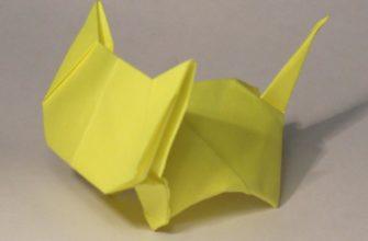 собранный по схеме котёнок оригами