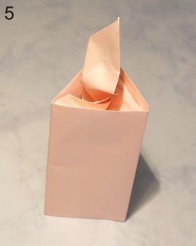 готовая оригами свеча