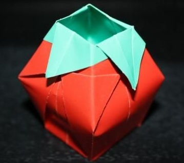 Ваза оригами для цвтеов