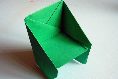 Бумажный стульчик оригами