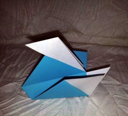 Утка оригами за схемой Edwin Corrie