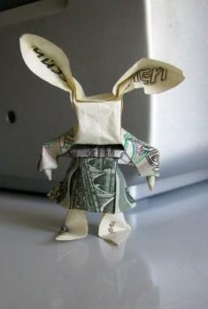 Забавный заяц Moneygami