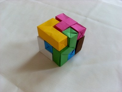 Оригами из бумаги кубик