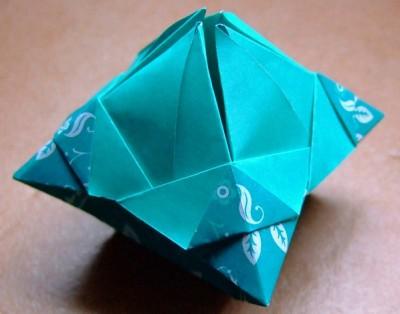 Подсвечник для свечи оригами