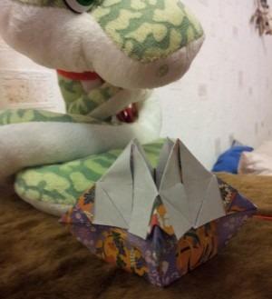 Сборка подсвечника оригами