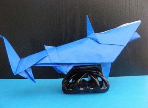 Акула оригами за схемой Gilgado Fernando