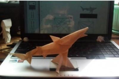 Бумажная акула оригами