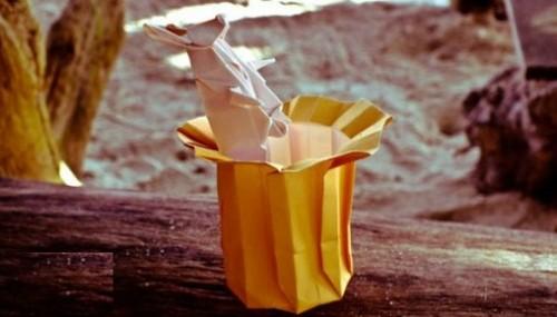 Магическая шляпа оригами с зайцем за схемой Jeremy Shafer