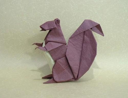 Оригами белочка за схемой Michael LaFosse