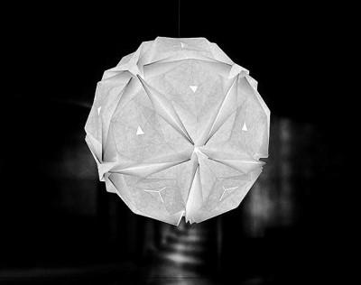 Абажури выполненны в стиле оригами