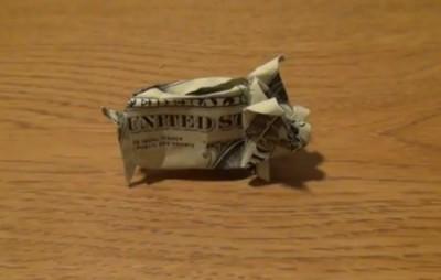 Свинья-копилка из доллара от Jeremy Shafer