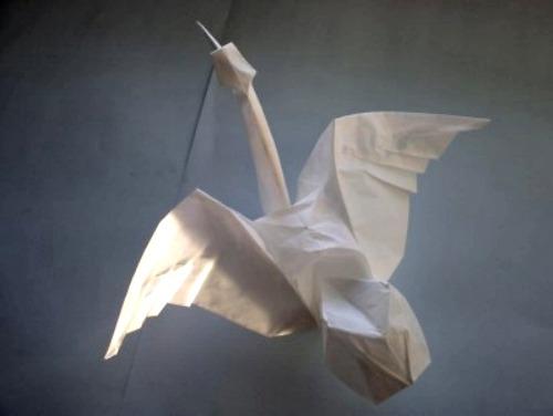 Бумажный лебедь оригами от Erica Joisele