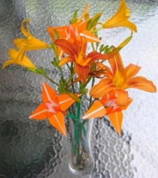 Ирис оригами от мастера Tadashi Mori