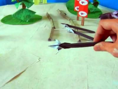 Оригами оружие Боевое копье из бумаги с тремя зубьями