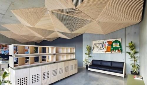 Потолок в стиле традиционного японского оригами