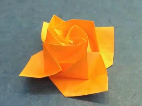 Бумажный цветок оригами от Akira Yoshizawa