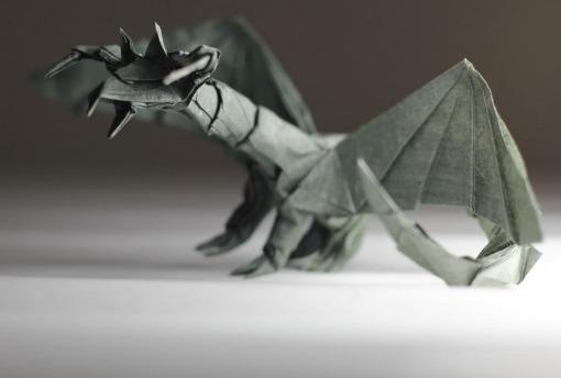 Оригами дракон за схемой Tadashi Mori