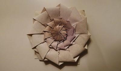 Оригами из бумаги цветок «Flower Tower» от Chris Palmer