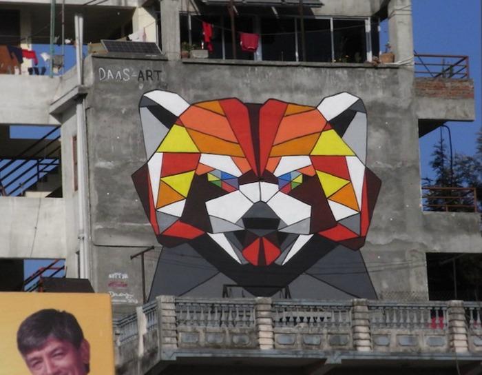 Панда в стиле оригами стрит-арт