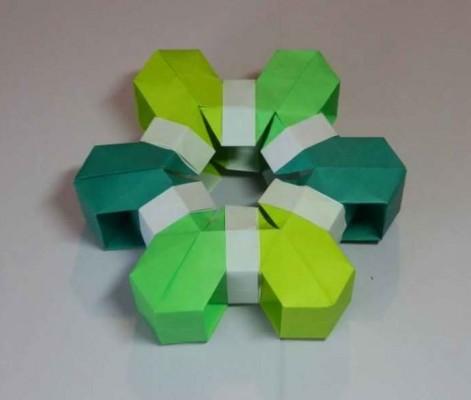 Объемная снежинка оригами своими руками