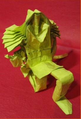 Необычное оригами Мечник за схемой Hoang Trung Thanh