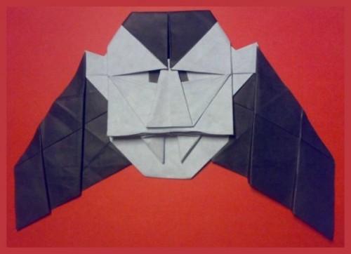 Оригами Дракула за схемой Robin Glynn
