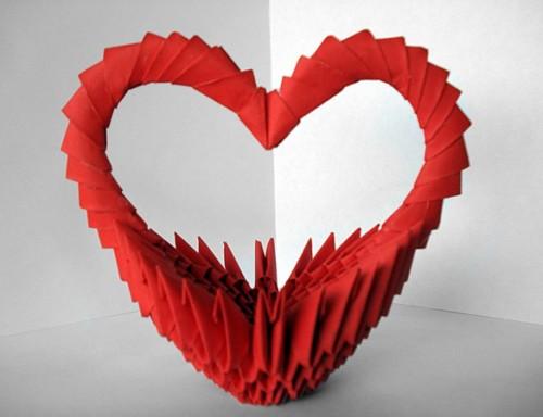 Модульное оригами - подарочная Корзинка сердечко