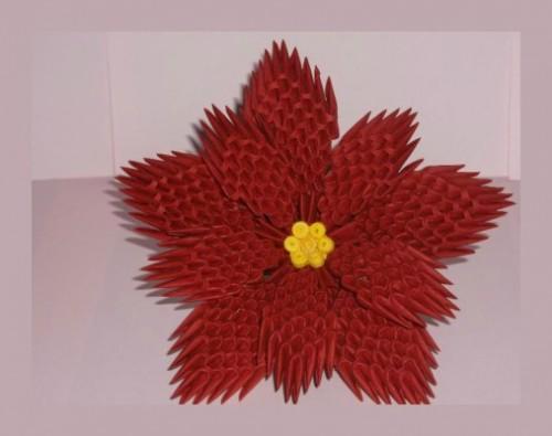 Модульное  оригами цветок Пуансеттия