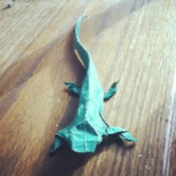 Оригами из бумаги ящерица