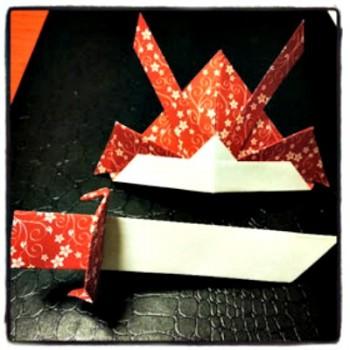 Шляпа оригами из бумаги