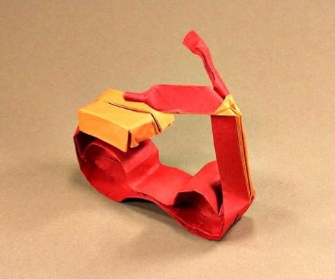 Оригами скутер за схемой Гервина Штурма (Gerwin Sturm)